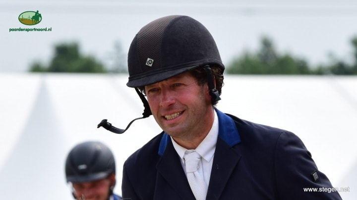 Pim Mulder wint 1.40 op kleintje CH Eext