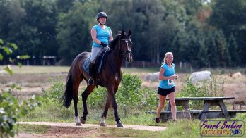 Deelnemers aan de derde Ride en Run in Onstwedde