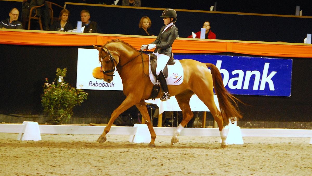 Indoor Groningen. Vai Bruntink was met Chardonnay onverslaanbaar in de ZZ-Zwaar. ©Steven Stegen