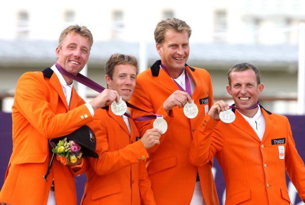 Springruiters tevreden met zilver in landenwedstrijd
