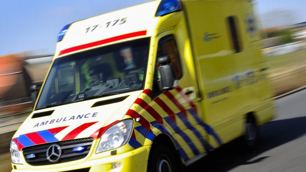Twee zwaar gewonden na ongeluk met koets bij Holten