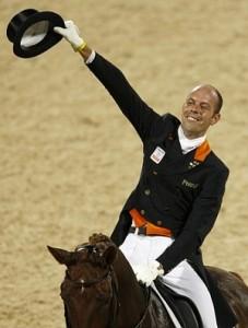 Hans-Peter Minderhoud trok de kar voor Nederland met Nadine.