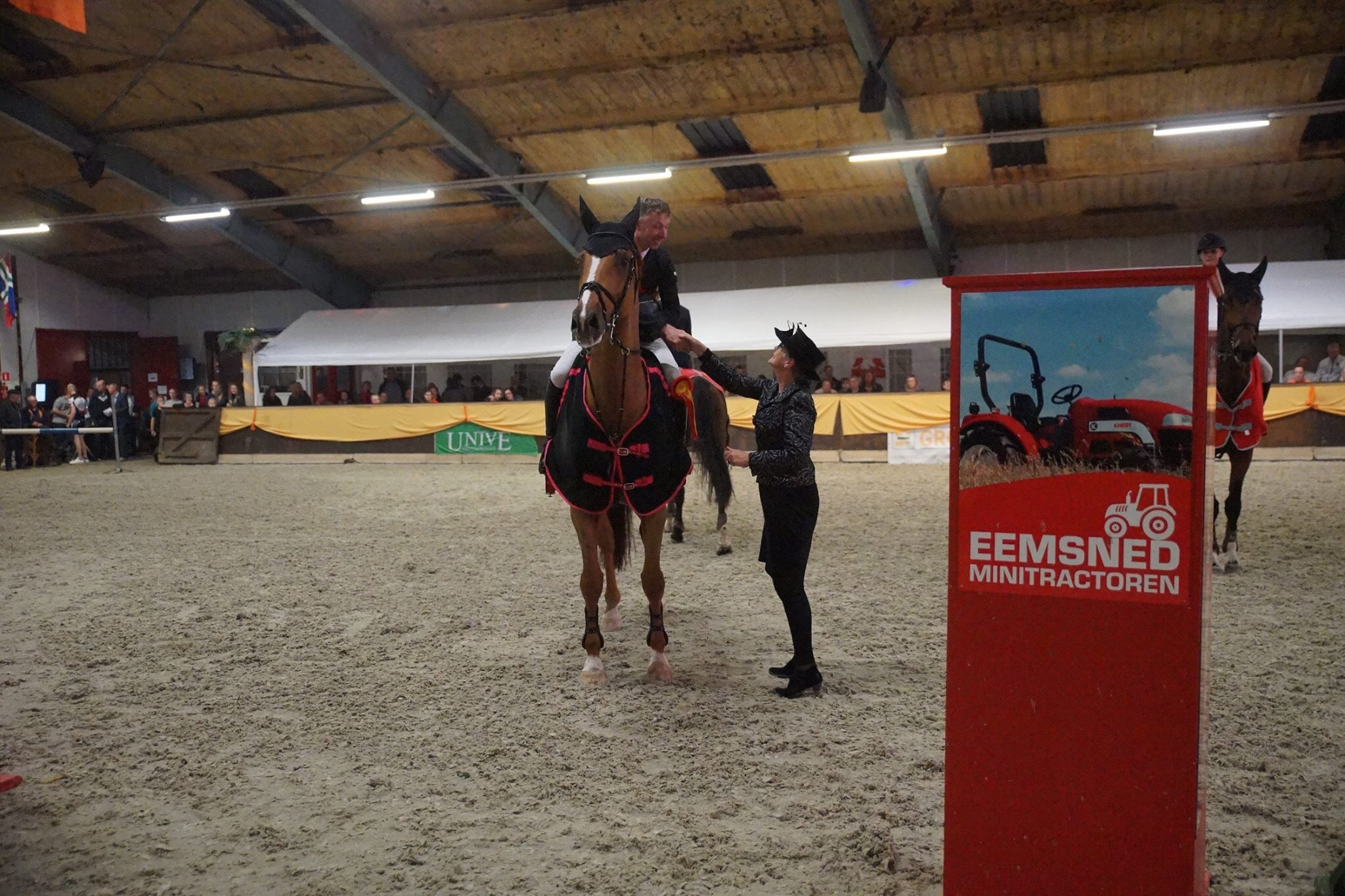Jur Vrieling pakt met Dyango VDL overwinning op Hippos Concours Appingedam