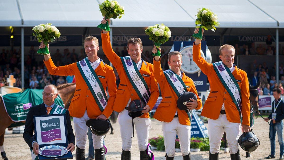 Springruiters uitzinnig na zege in landenwedstrijd CHIO Rotterdam