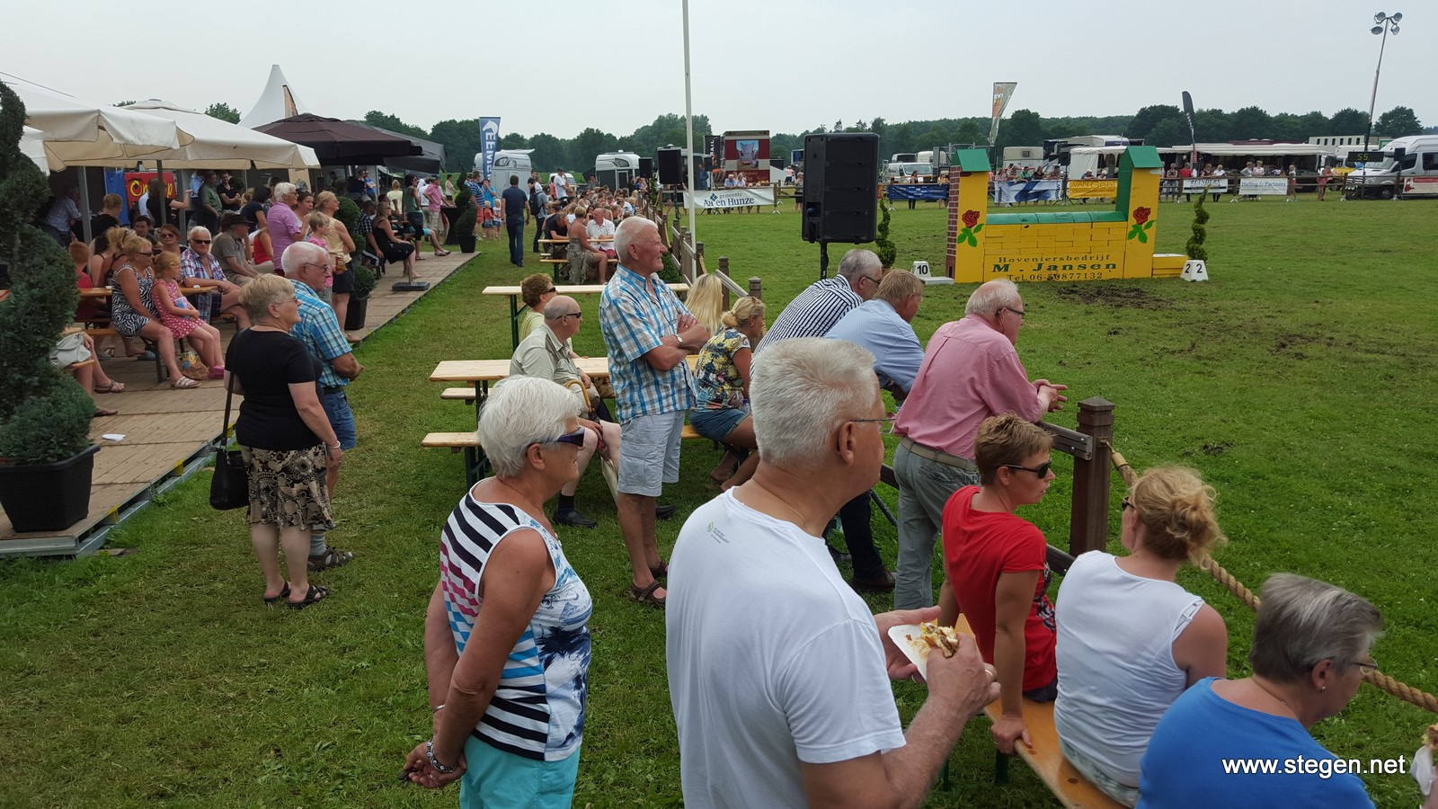 Het publiek genoot vorig jaar met volle teugen tijdens de eerste editie van Hippisch Holtrijk.