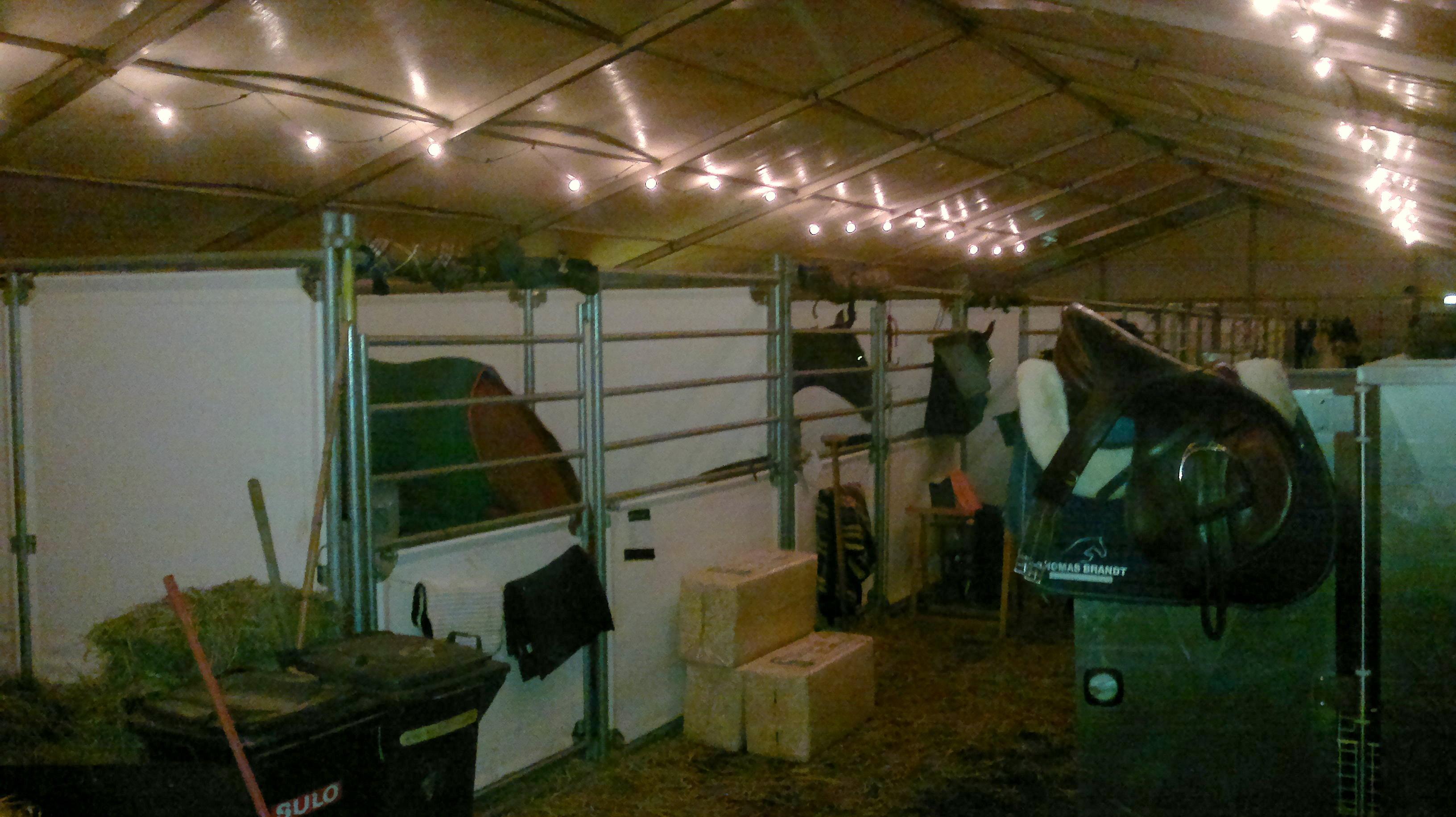 Tentstallen CSI Veendam trotseren de storm