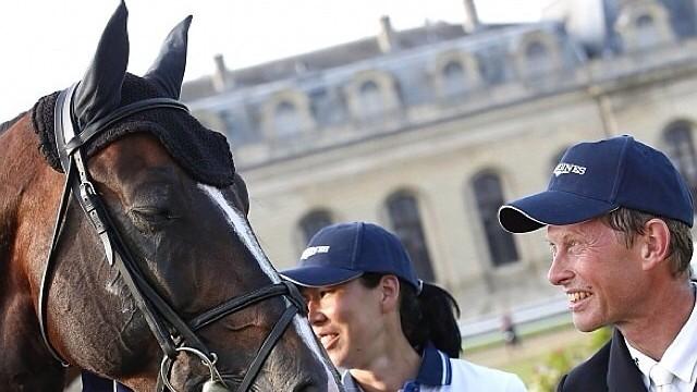 Rolf-Göran Bengtsson wint met Casall in Chantilly