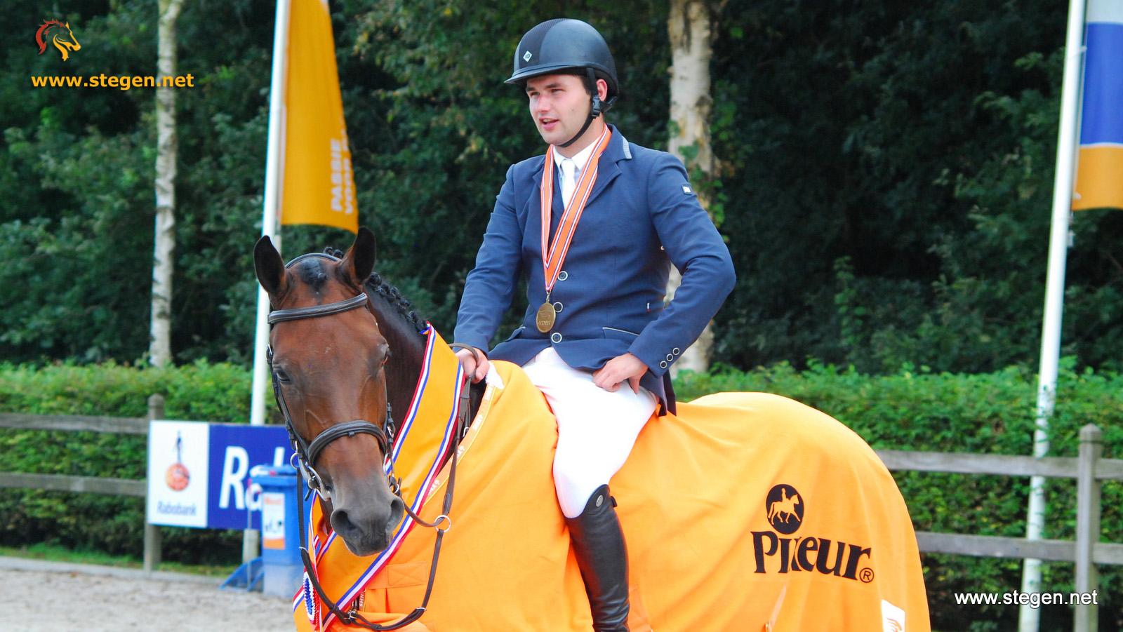 Nick van den Broek met Dubai HBC