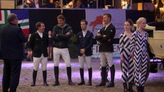 huldiging team Indoor Groningen